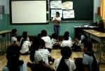 Dạy tiết kiệm và bảo vệ nước cho học sinh tại quận 8, TP.HCM