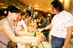"""Trung tâm Tương Lai đồng hành cùng phiên chợ yêu thương """"vòng tay nhân ái"""" của Suntory Pepsico Việt Nam"""