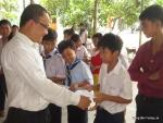 Trao học bổng cho trẻ em nghèo tại Tân Uyên, Bình Dương