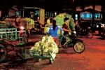 Những đứa trẻ lao động trong đêm: Thực trạng đau lòng - Phụ nữ online